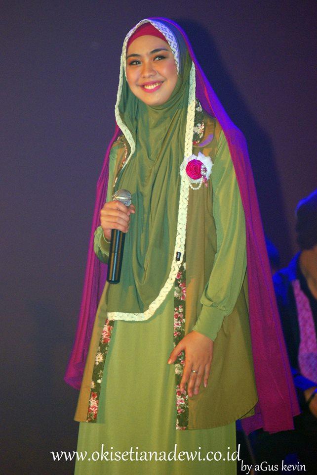 tudung-oki-setiana-dewi-promo-album-terbaru-hijab-i_m-in-love.jpg